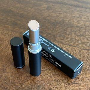 MAC NW20 Studio Stick Concealer